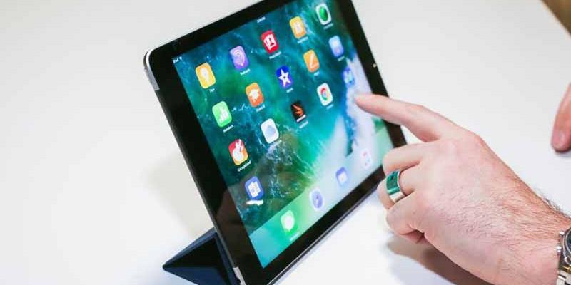 نقد و بررسی تخصصی تبلت اپل آیپد 9.7 اینچ 2017