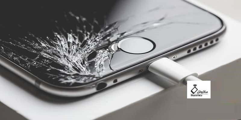 تعویض صفحه نمایش گوشیهای آیفون iPhone در ماکروتل